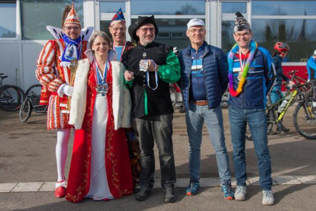 Jeck im Dreck 2020, Start/Ziel-Bereich mit Hennefer Prinzenpaar